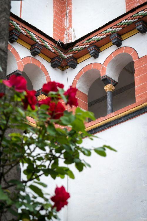 window cloister church