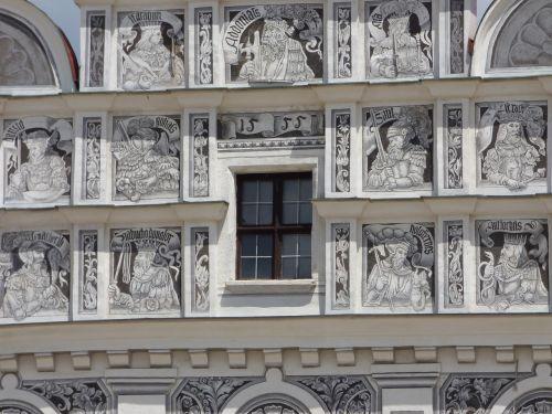 window kamienica decorating