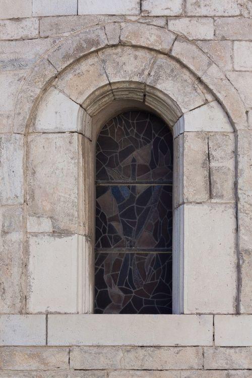 window church round arch