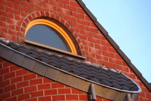 window building roof