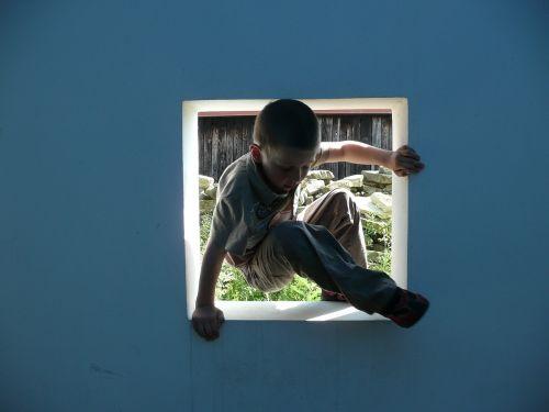 window boy game