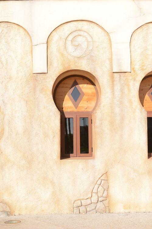 window orient morocco