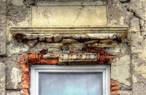 window facade expired