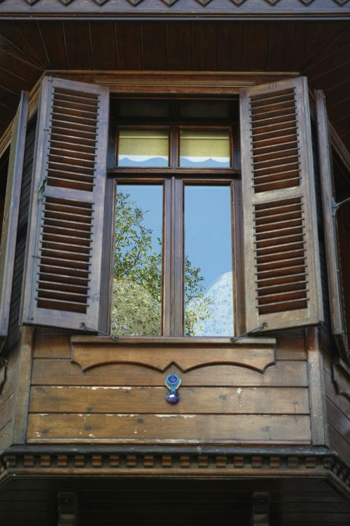 window home wood