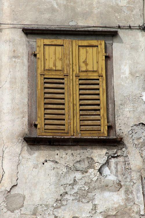 window old old window