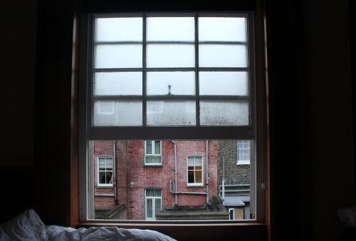 window hotel condensation