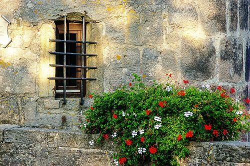 window grate wall