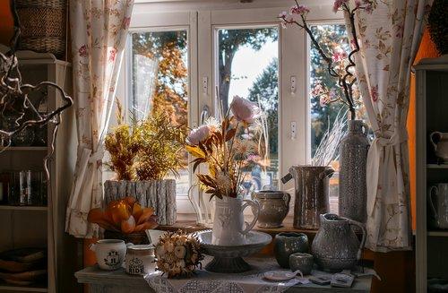 window  light  vases