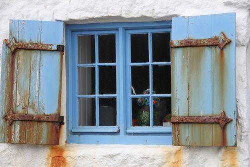 window old cornwall