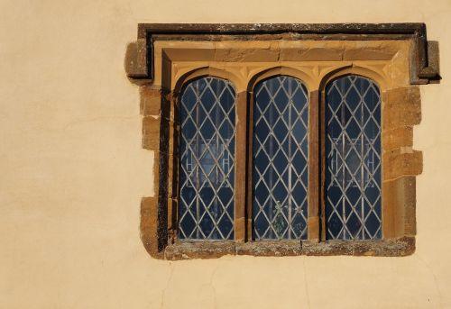 window mullion medieval