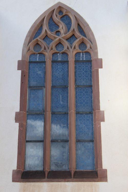 langas,bažnyčia,bažnyčios langas,architektūra,stiklas,senas langas,pastatas,stiklo langas,lango stiklas,fasadas