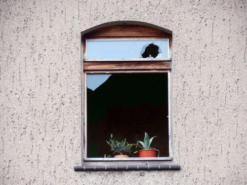 window broken decay