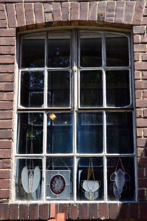 window glass jewellery