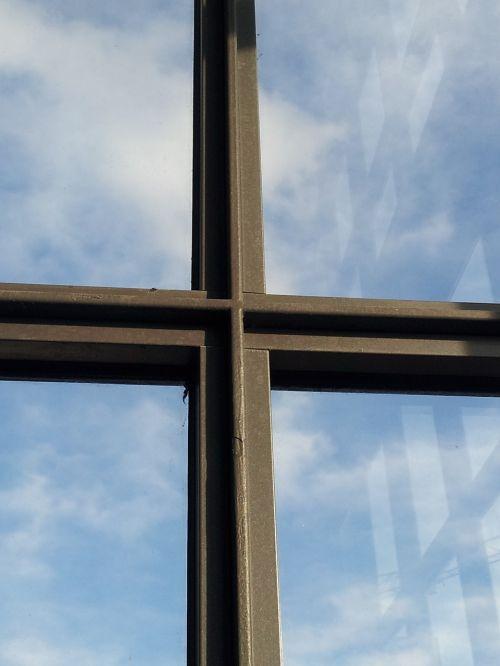 langas,kirsti,architektūra,senas langas,stiklas,dangus