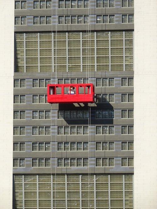 window cleaner  skyscraper  window