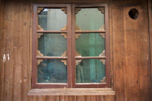 windows antiquity culture