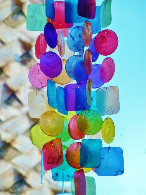 windspiel color close
