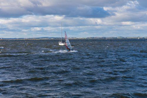 windsurfer blown speed