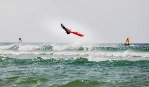 windsurfing back loop waves