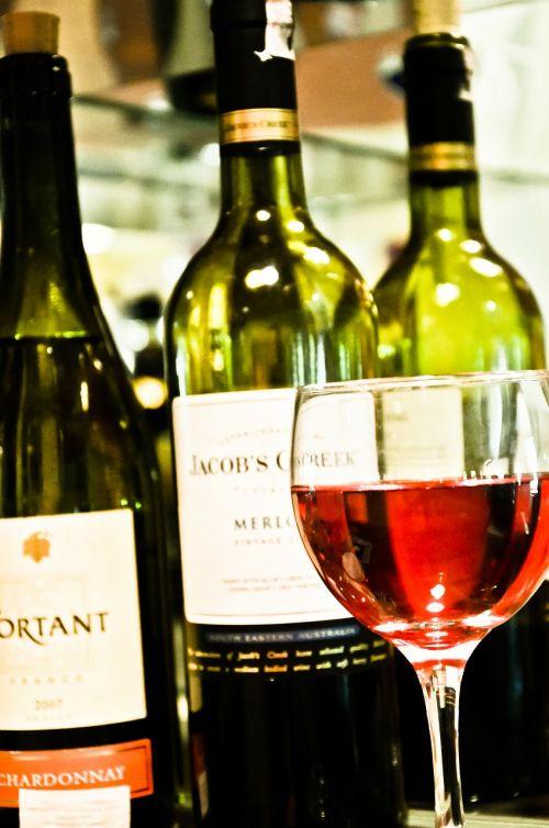 wine bottle wine glass