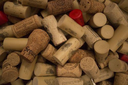 wine plugs corks