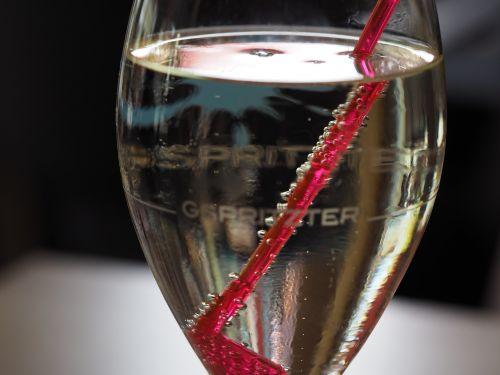 wine wine glass carbonic acid