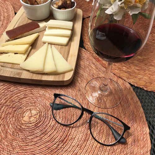 wine  alcoholic drink  cheese