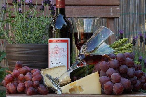 wine  beverages  wine glass