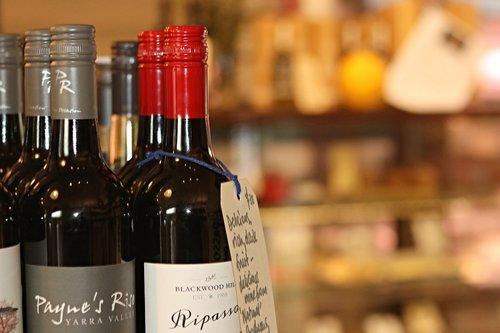 wine  alcohol  shiraz