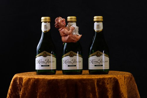 wine  drink  figure