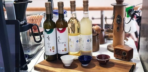 wine  korea  traditional distilled liquor