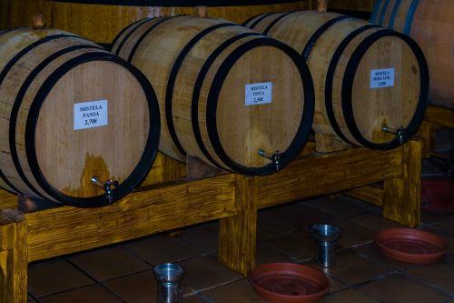 wine vessels tests