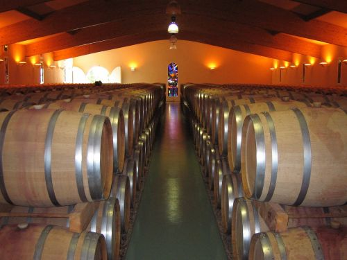 wine keller barrels