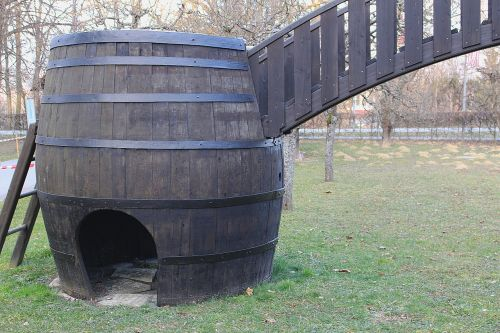 wine barrel barrel wooden barrels