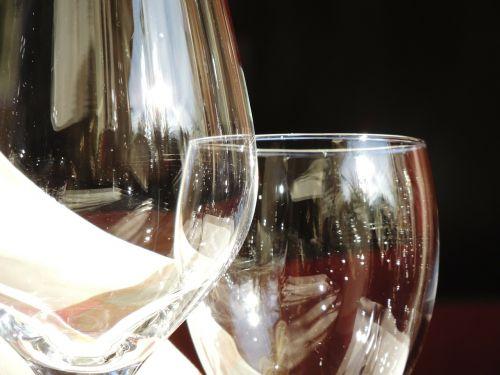 wine glass glass transparent