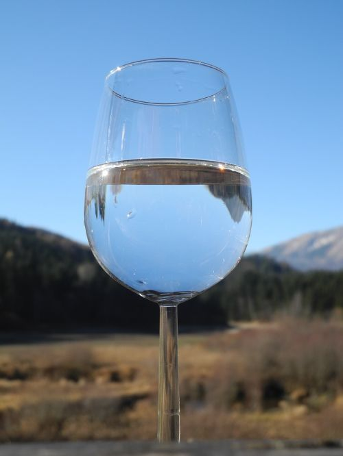 wine glass water clear