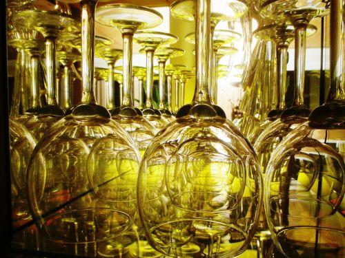 wine glasses display case crystal