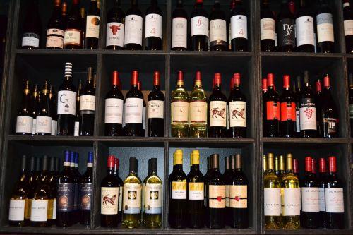 wines red wine bottle