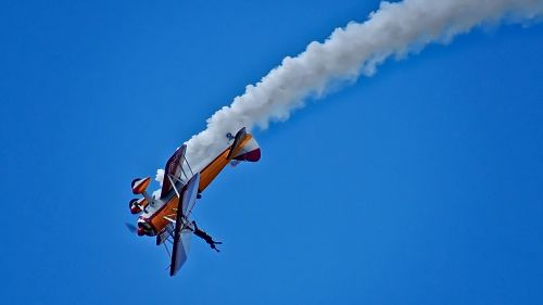 wing walking wing walker bi-plane