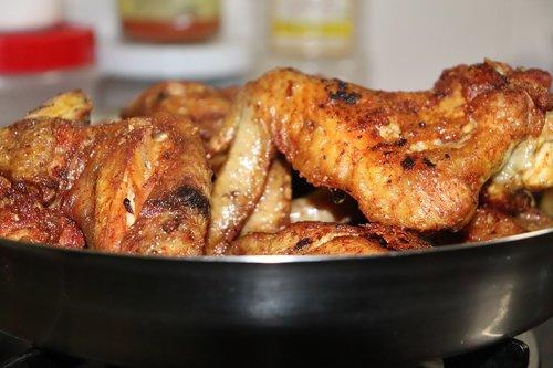 wings  chicken wings  chicken wings on plate
