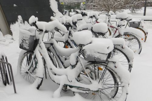 winter munich bicycles