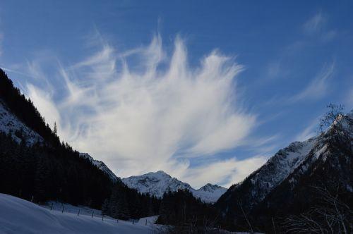 winter mountain sky