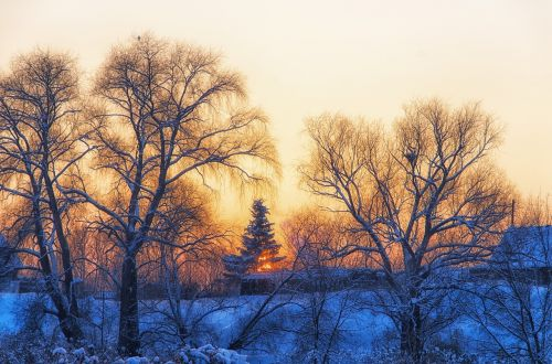 žiema,kaimas,kaimas,namelis,kraštovaizdis,šaltis,šaltas,medis,rusų kaimas,saulėlydis,sniegas