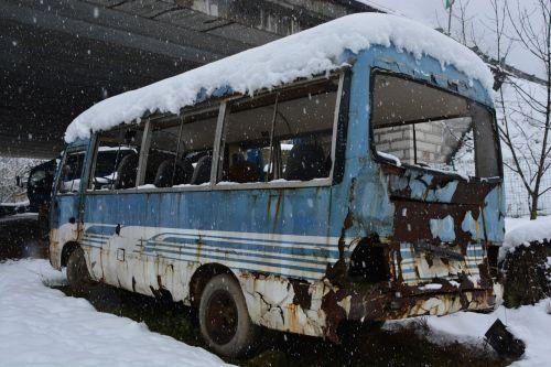 winter in rural areas quiet