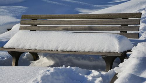 winter snow bank