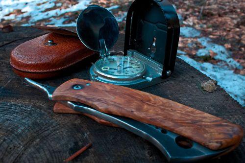 winter knife compass