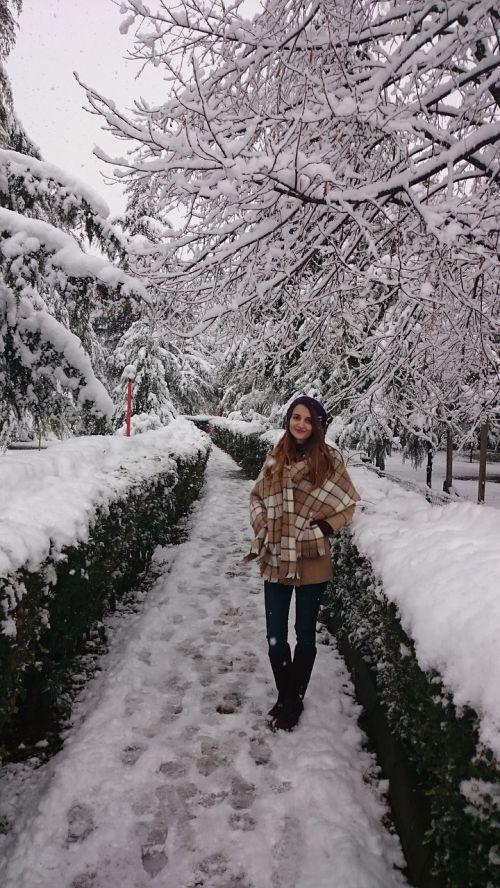 winter snowy posing girl