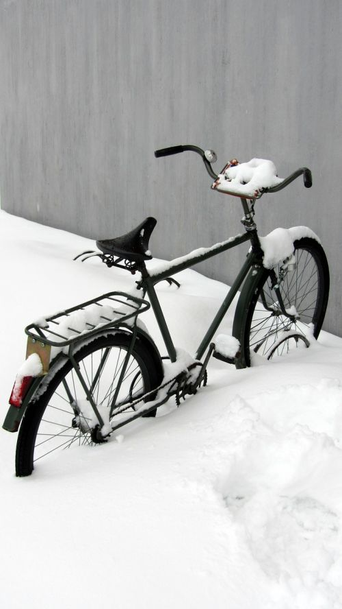 winter bicycle snow