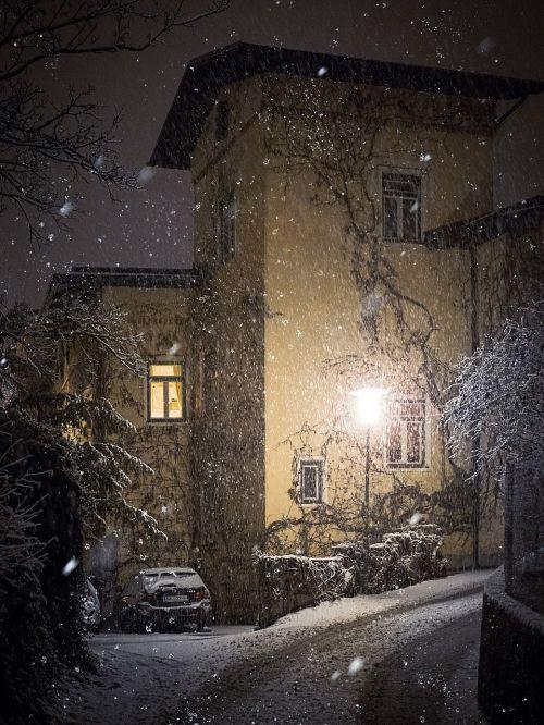 winter road lantern