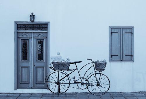 winter door window